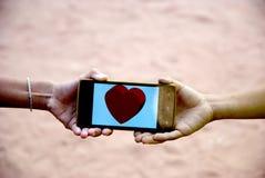 Biglietto di S. Valentino mobile del cuore per il giorno felice Fotografia Stock