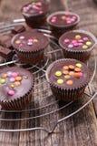 Bigné del cioccolato con la forcella Fotografie Stock