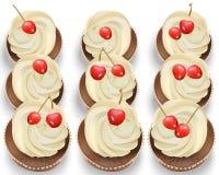 Bigné su una tavola bianca La vaniglia deliziosa della ciliegia dei dessert dell'estate condisce il vettore Fotografie Stock Libere da Diritti