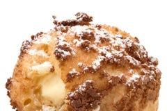 Bigne encheu com creme de pastelaria imagem de stock royalty free