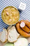Bigos, chucrute polonês e guisado da salsicha com ingredientes Fotos de Stock Royalty Free