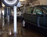 Bij de autowasserette Stock Afbeeldingen