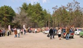 Bij de begraafplaats op Pasen in Rusland Stock Afbeeldingen