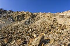 Bij de bodem van een krater royalty-vrije stock fotografie