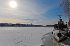 Bij de pijler in Kungsholmen. Royalty-vrije Stock Foto's