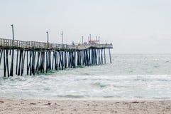 Bij de visserij van pijler op de Buitenbanken, Noord-Carolina Royalty-vrije Stock Foto's