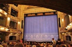 Bij het Dramatische Theater in Stockholm Stock Foto's