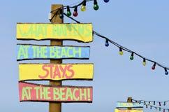 Bij het strand! Stock Foto's