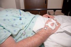 Bij het Ziekenhuis: Geduldige Zorg Stock Foto's