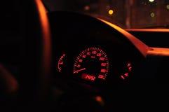 Bij nacht in de auto Royalty-vrije Stock Foto