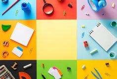 Bij samenvatting bij abstract kleurrijk document Stock Foto