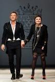 Bij vu van de aurasjacheraar de de lentezomer van 2012 de modeshow Stock Foto
