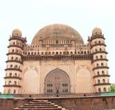 Bijapur Karnataka Indien för för Gol gumbazslott och mausoleum Arkivfoto
