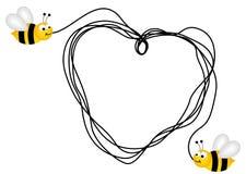 Bijen die tot een hart met een stuk van koord leiden Royalty-vrije Stock Afbeeldingen