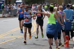 Bijna 30000 agenten namen aan de Marathon van Boston op 17 April, 2017 in Boston deel Royalty-vrije Stock Foto's