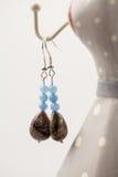 Bijoux argentés avec les pierres précieuses colorées photo libre de droits