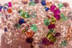 Bijoux colorés de perles de beauté image stock
