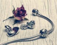 Bijoux de Pandora Bracelet, rétro style Photos stock