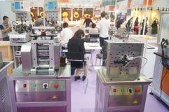 Bijoux et jade traitant des ventes d'exposition de machines Photos libres de droits