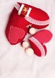 Bijoux faits main le jour du ` s de Valentine photographie stock libre de droits