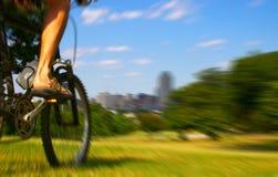 Bike al jinete Foto de archivo libre de regalías