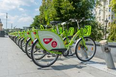 Bike la divisione nel centro urbano - Budapest - Ungheria immagine stock