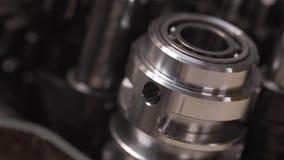 Bike o reparo da caixa de engrenagens no slider movente da tabela video estoque