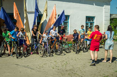 Bike ride in a Russian village in the Kaluga region. Royalty Free Stock Photos