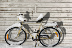 Bike in snow Royalty Free Stock Photos