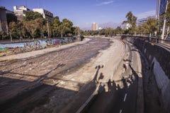 Bikeway en el río de Mapocho, Santiago Fotografía de archivo