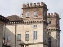 Bikeway längs den stora Naviglioen, Palazzo Archinto på Robecco Arkivbilder
