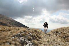 biking βουνό Στοκ Φωτογραφίες