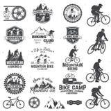 Biking συλλογή βουνών επίσης corel σύρετε το διάνυσμα απεικόνισης Στοκ φωτογραφία με δικαίωμα ελεύθερης χρήσης