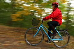 biking di autunno Fotografia Stock