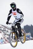 Biking estremo della montagna della neve Fotografie Stock Libere da Diritti