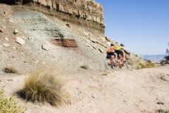 Biking in het Nationaal Monument van Colorado Stock Foto
