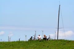 Biking op de dijk van Colijnsplaat royalty-vrije stock afbeeldingen