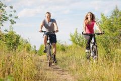Biking openlucht Royalty-vrije Stock Afbeelding