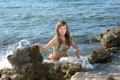 bikini ικεσία κοριτσιών Στοκ φωτογραφία με δικαίωμα ελεύθερης χρήσης