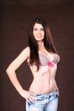 bikini χαριτωμένη κορυφή κοριτ&sig Στοκ Φωτογραφίες