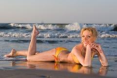 bikini na plaży obrazy stock