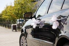 bil dekorerat gifta sig för band Royaltyfri Foto