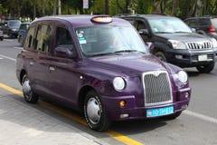 _ _ bil för gataveiwtaxi Royaltyfri Bild