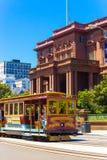 Bil för kabel för Nob Hill flodherrgård San Francisco fotografering för bildbyråer