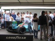 Bil för Leyton hus F1 på den Goodwood festivalen 2009 av hastighet Arkivbilder