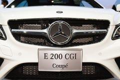 Bil för Mercedes-Benz E 200 CGI-kupé på skärm Royaltyfria Bilder