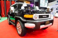 Bil för TOYOTA FJ kryssare 4X4 på expo för Thailand Internationalmotor Fotografering för Bildbyråer