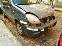 Bil med klibbigt band 01 Arkivfoton