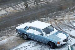 Bil och snö Royaltyfri Fotografi
