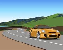 Bil på bergvägen Royaltyfri Bild